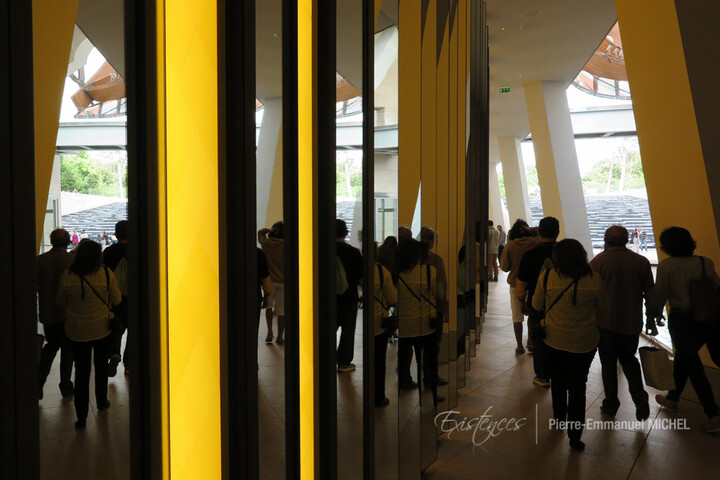 20160702-IMG_8599-paris-fondation-louis-vuitton-daniel-buren-artistes-chinois