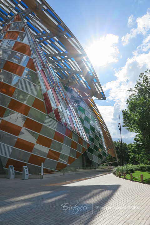 20160702-IMG_8604-paris-fondation-louis-vuitton-daniel-buren-artistes-chinois