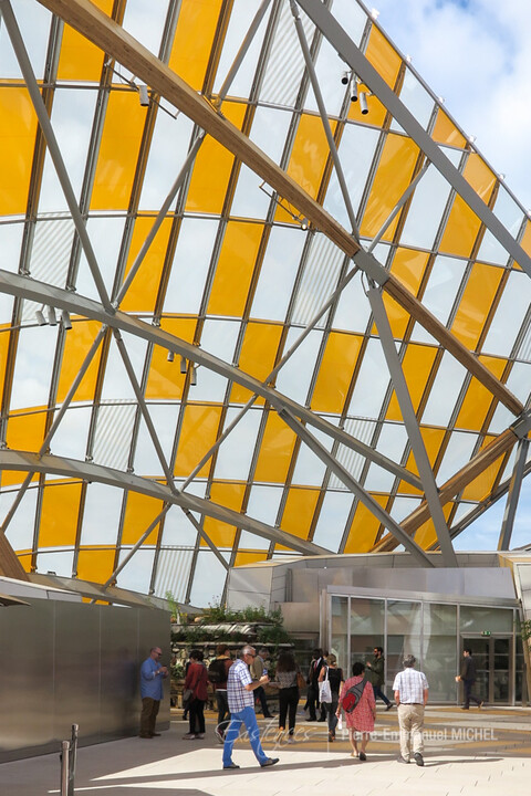 20160702-IMG_8545-paris-fondation-louis-vuitton-daniel-buren-artistes-chinois